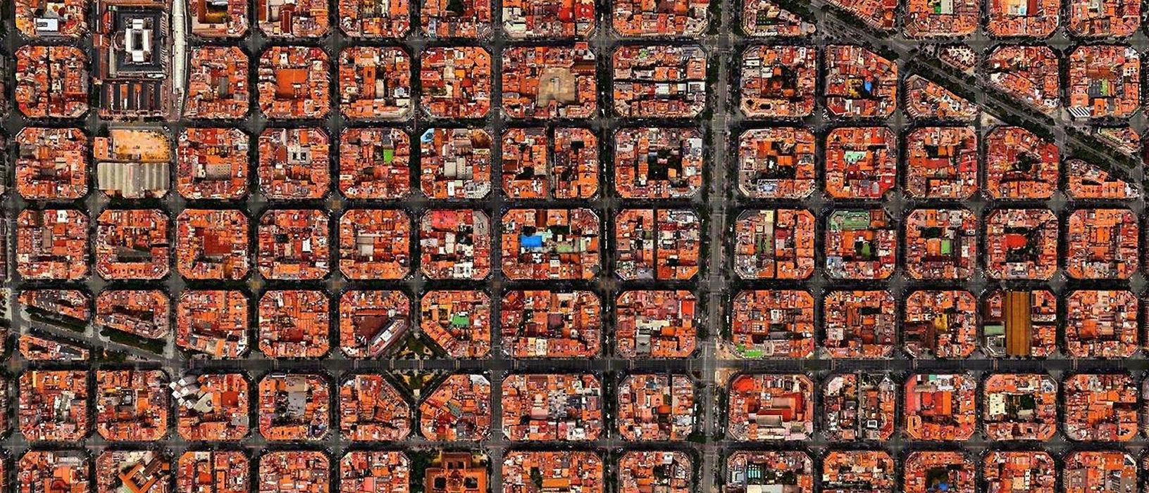 URBANISMO MUNDIAL. Cerdà. El urbanismo de Barcelona en el 2020. (En catalán)